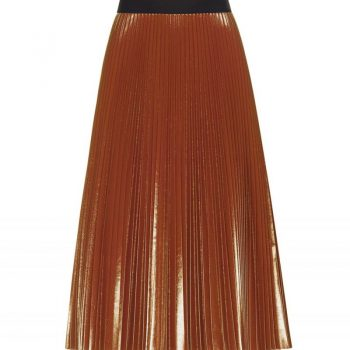 MID-LENGTH PLEATED RUST-COLOURED VINYL SKIRT