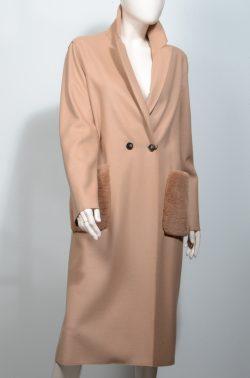 Μάλλινο παλτό με γούνινες τσέπες