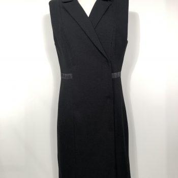 Αμάνικο Φόρεμα με σταυρωτό κούμπωμα