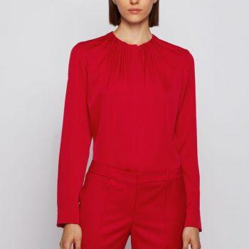 Κόκκινο μεταξωτό πουκάμισο