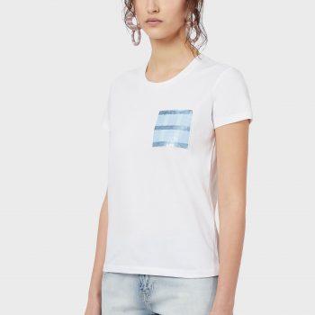 Μπλουζάκι με κεντημένη τσέπη